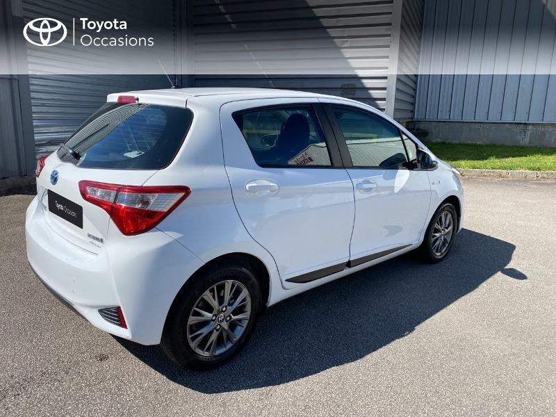 Photo 18 de l'offre de TOYOTA Yaris 100h Dynamic Business 5p à 12800€ chez Horizon Quimper