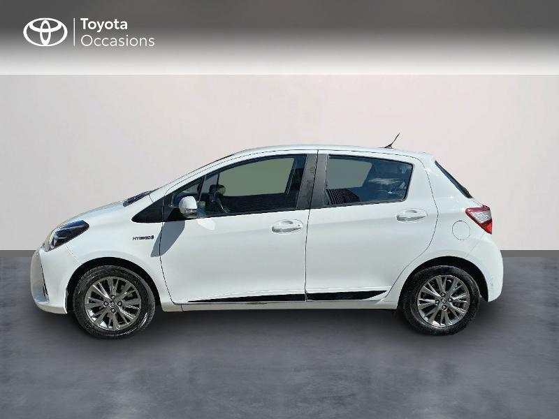 Photo 3 de l'offre de TOYOTA Yaris 100h Dynamic Business 5p à 12800€ chez Horizon Quimper