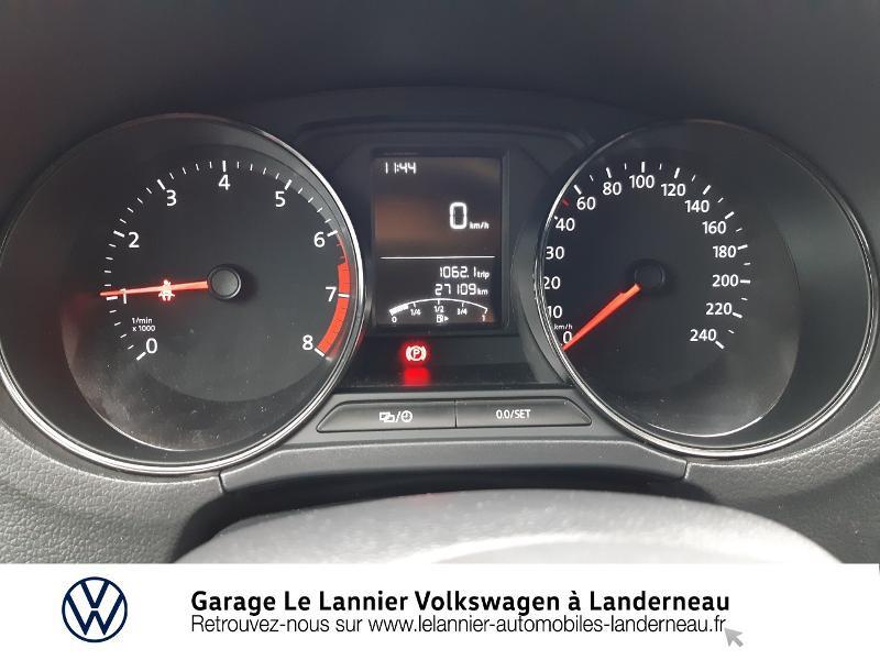 Photo 9 de l'offre de VOLKSWAGEN Polo 1.0 60ch Edition 2017 5p à 11410€ chez Garage Le Lannier - Volkswagen Landerneau