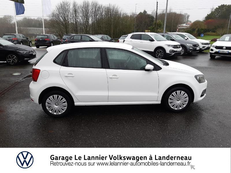 Photo 4 de l'offre de VOLKSWAGEN Polo 1.0 60ch Edition 2017 5p à 11410€ chez Garage Le Lannier - Volkswagen Landerneau