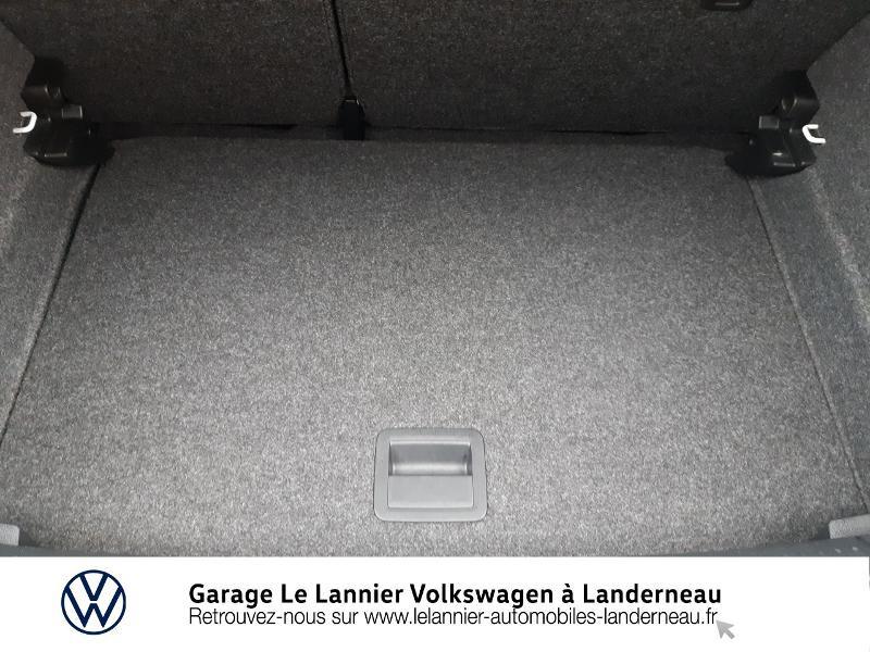 Photo 12 de l'offre de VOLKSWAGEN Polo 1.0 60ch Edition 2017 5p à 11410€ chez Garage Le Lannier - Volkswagen Landerneau