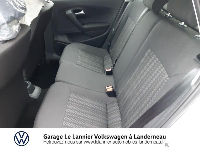 Photo 11 de l'offre de VOLKSWAGEN Polo 1.0 60ch Edition 2017 5p à 11410€ chez Garage Le Lannier - Volkswagen Landerneau
