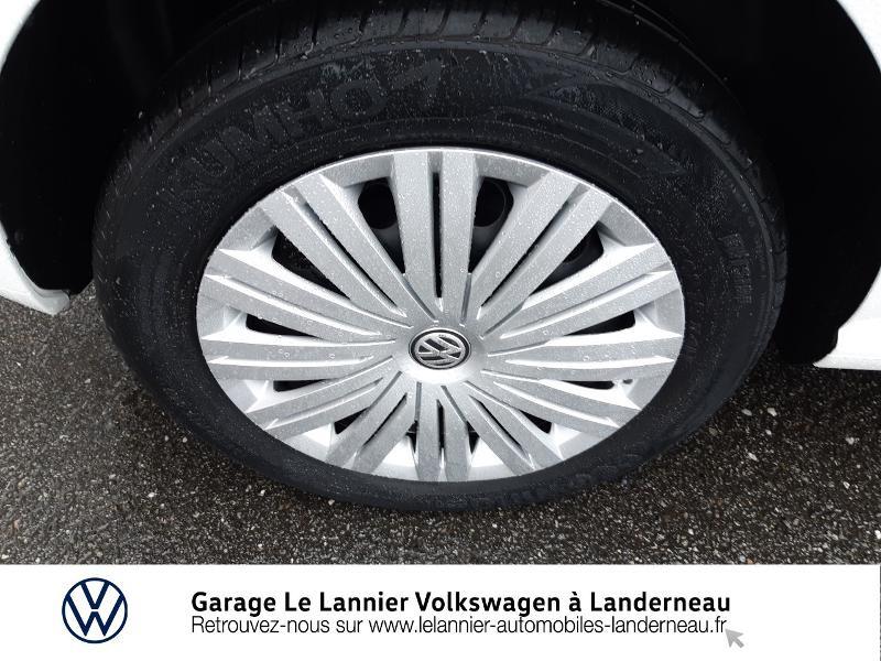 Photo 13 de l'offre de VOLKSWAGEN Polo 1.0 60ch Edition 2017 5p à 11410€ chez Garage Le Lannier - Volkswagen Landerneau