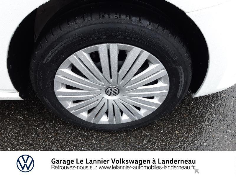Photo 14 de l'offre de VOLKSWAGEN Polo 1.0 60ch Edition 2017 5p à 11410€ chez Garage Le Lannier - Volkswagen Landerneau