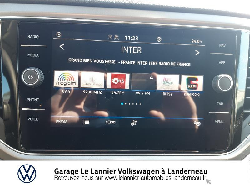 Photo 8 de l'offre de VOLKSWAGEN T-Roc 1.0 TSI 110ch Lounge à 23410€ chez Garage Le Lannier - Volkswagen Landerneau