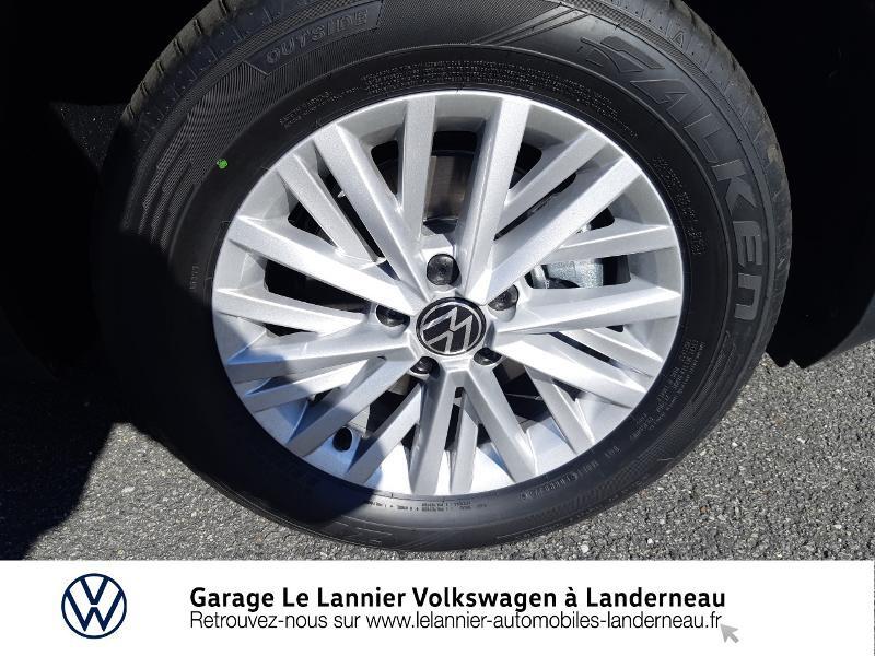 Photo 14 de l'offre de VOLKSWAGEN T-Roc 1.0 TSI 110ch Lounge à 23330€ chez Garage Le Lannier - Volkswagen Landerneau
