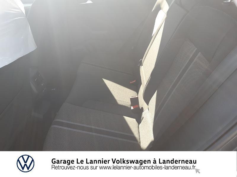 Photo 11 de l'offre de VOLKSWAGEN T-Roc 1.0 TSI 110ch Lounge à 23330€ chez Garage Le Lannier - Volkswagen Landerneau