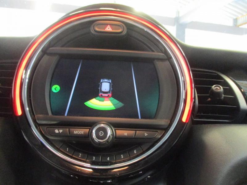 Photo 15 de l'offre de MINI MINI ONE 102CH SALT EURO6D-T à 15390€ chez L'automobile By Bacchi-Bouteille