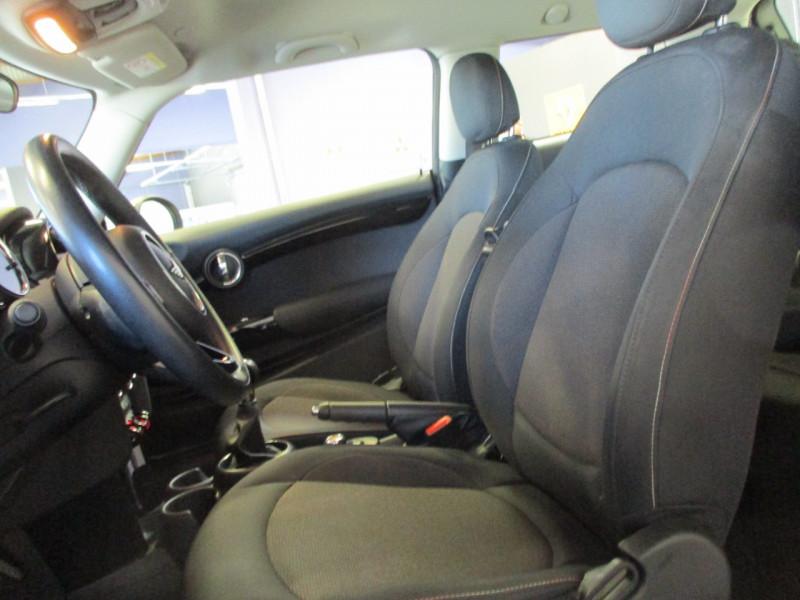 Photo 9 de l'offre de MINI MINI ONE 102CH SALT EURO6D-T à 15390€ chez L'automobile By Bacchi-Bouteille