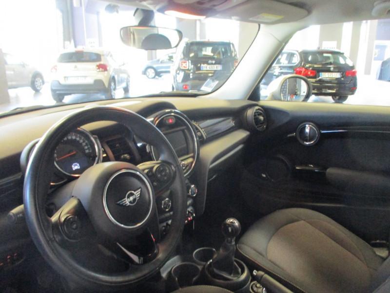 Photo 8 de l'offre de MINI MINI ONE 102CH SALT EURO6D-T à 15390€ chez L'automobile By Bacchi-Bouteille
