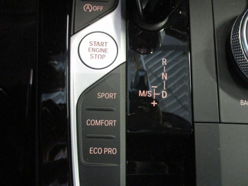 Photo 18 de l'offre de BMW SERIE 1 (F40) 118DA 150CH M SPORT à 33900€ chez L'automobile By Bacchi-Bouteille