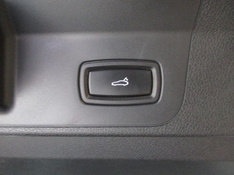 Photo 33 de l'offre de PORSCHE PANAMERA 3.0 V6 330CH 4 à 68950€ chez L'automobile By Bacchi-Bouteille