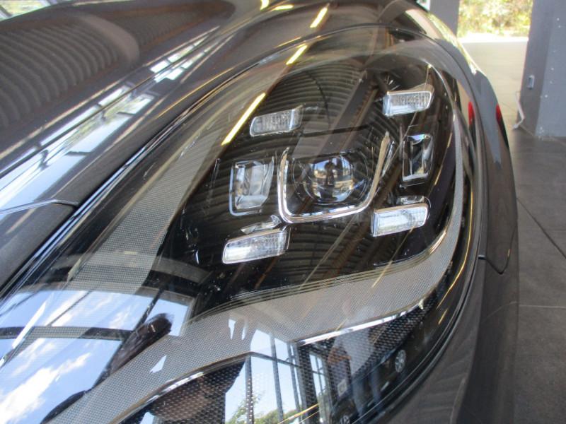 Photo 10 de l'offre de PORSCHE PANAMERA 3.0 V6 330CH 4 à 68950€ chez L'automobile By Bacchi-Bouteille