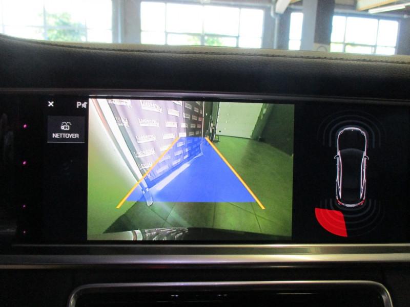 Photo 25 de l'offre de PORSCHE PANAMERA 3.0 V6 330CH 4 à 68950€ chez L'automobile By Bacchi-Bouteille