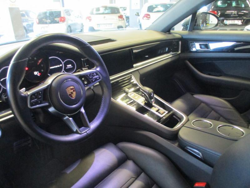 Photo 13 de l'offre de PORSCHE PANAMERA 3.0 V6 330CH 4 à 68950€ chez L'automobile By Bacchi-Bouteille