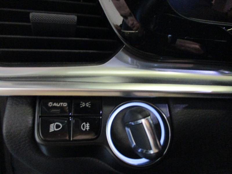 Photo 21 de l'offre de PORSCHE PANAMERA 3.0 V6 330CH 4 à 68950€ chez L'automobile By Bacchi-Bouteille