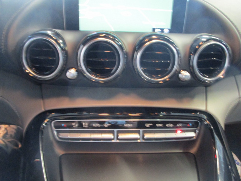 Photo 18 de l'offre de MERCEDES-BENZ AMG GT 4.0 V8 510CH GT S à 86990€ chez L'automobile By Bacchi-Bouteille