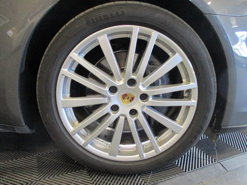 Photo 9 de l'offre de PORSCHE PANAMERA 3.0 V6 330CH 4 à 68950€ chez L'automobile By Bacchi-Bouteille