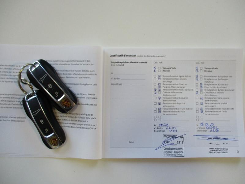 Photo 6 de l'offre de PORSCHE PANAMERA 3.0 V6 330CH 4 à 68950€ chez L'automobile By Bacchi-Bouteille