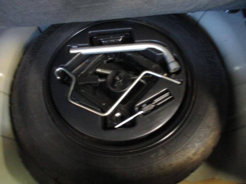 Photo 21 de l'offre de FIAT 500 1.2 8V 69CH LOUNGE à 11890€ chez L'automobile By Bacchi-Bouteille