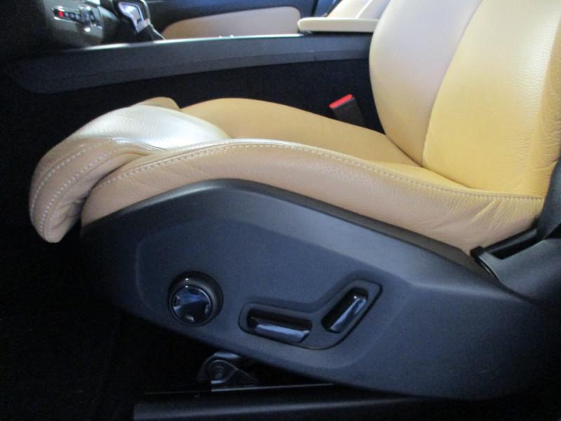 Photo 11 de l'offre de VOLVO XC60 D5 ADBLUE AWD 235CH INSCRIPTION LUXE GEARTRONIC à 44900€ chez L'automobile By Bacchi-Bouteille