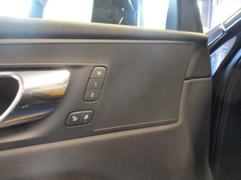 Photo 12 de l'offre de VOLVO XC60 D5 ADBLUE AWD 235CH INSCRIPTION LUXE GEARTRONIC à 44900€ chez L'automobile By Bacchi-Bouteille