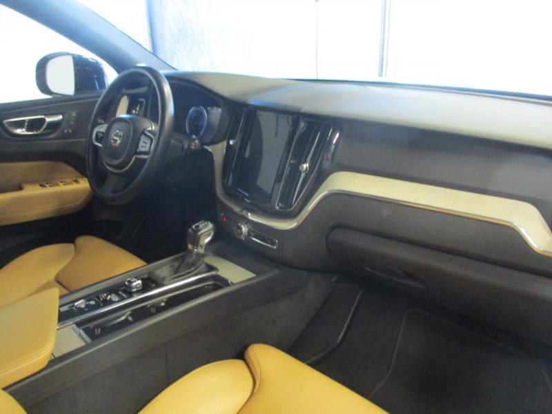 Photo 9 de l'offre de VOLVO XC60 D5 ADBLUE AWD 235CH INSCRIPTION LUXE GEARTRONIC à 44900€ chez L'automobile By Bacchi-Bouteille
