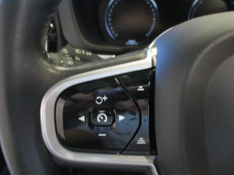 Photo 16 de l'offre de VOLVO XC60 D5 ADBLUE AWD 235CH INSCRIPTION LUXE GEARTRONIC à 44900€ chez L'automobile By Bacchi-Bouteille