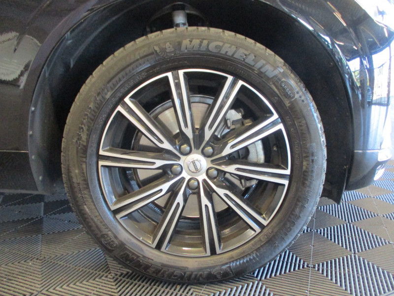 Photo 6 de l'offre de VOLVO XC60 D5 ADBLUE AWD 235CH INSCRIPTION LUXE GEARTRONIC à 44900€ chez L'automobile By Bacchi-Bouteille