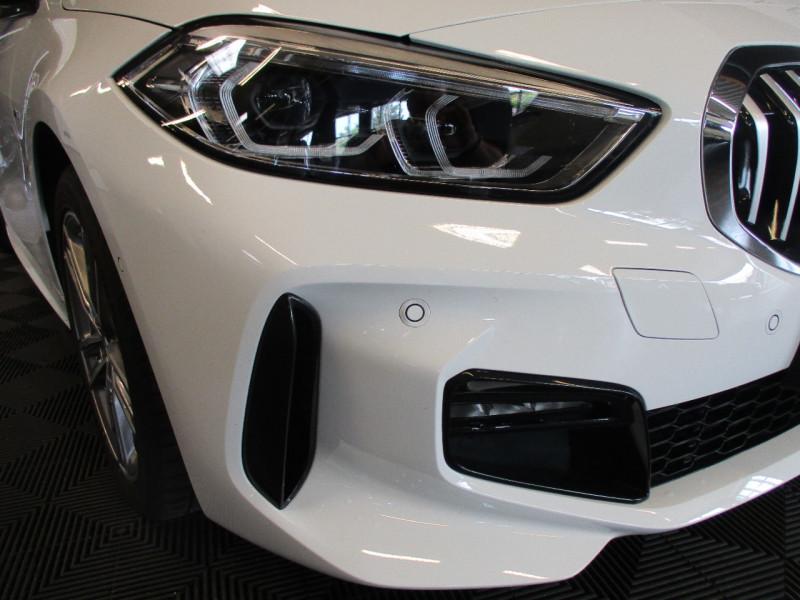 Photo 8 de l'offre de BMW SERIE 1 (F40) 118DA 150CH M SPORT à 32900€ chez L'automobile By Bacchi-Bouteille