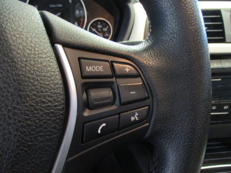 Photo 12 de l'offre de BMW SERIE 3 TOURING (F31) 318DA 150CH EXECUTIVE à 15990€ chez L'automobile By Bacchi-Bouteille