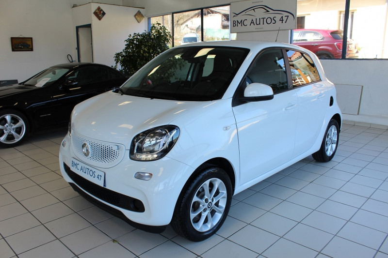 Smart FORFOUR 71CH PASSION Essence BLANC Occasion à vendre