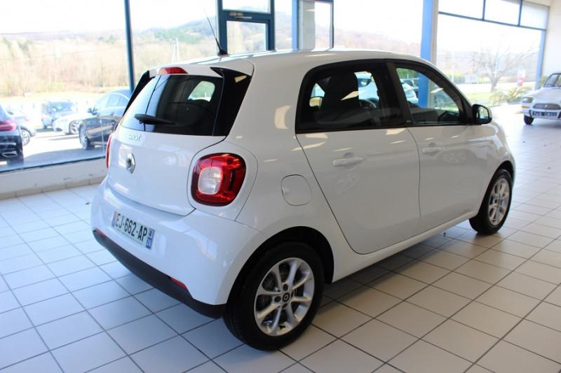 Photo 2 de l'offre de SMART FORFOUR 71CH PASSION à 8990€ chez BMC Autos 47