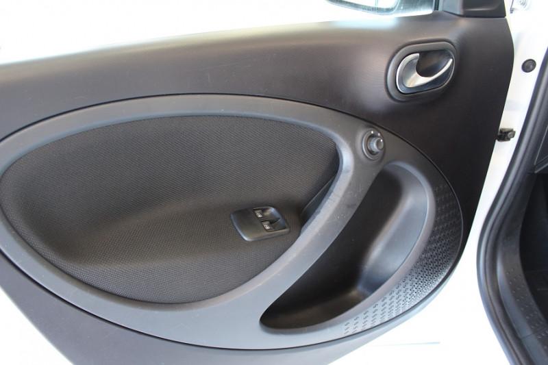 Photo 16 de l'offre de SMART FORFOUR 71CH PASSION à 8990€ chez BMC Autos 47