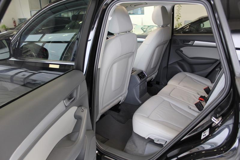 Photo 13 de l'offre de AUDI Q5 2.0 TDI 150CH CLEAN DIESEL BUSINESS LINE à 21490€ chez BMC Autos 47