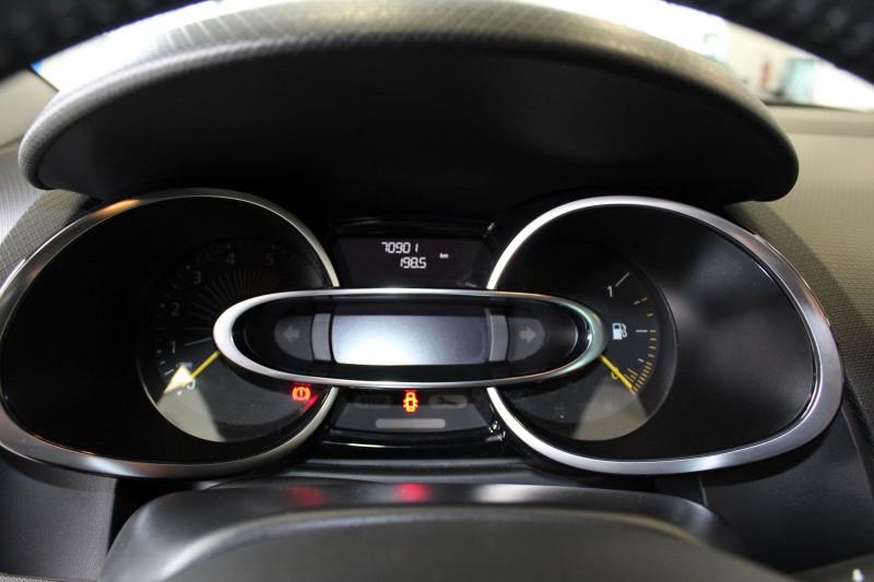 Photo 15 de l'offre de RENAULT CLIO IV 1.5 DCI 90CH ENERGY INTENS ECO² 90G à 9900€ chez BMC Autos 47