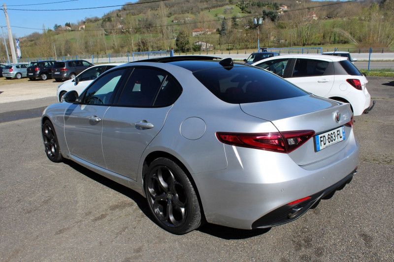 Photo 7 de l'offre de ALFA ROMEO GIULIA 2.2 JTD 190CH SPORT EDITION AT8 MY19 à 32900€ chez BMC Autos 47