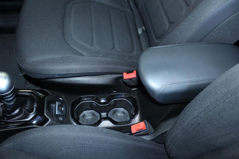 Photo 17 de l'offre de JEEP RENEGADE 1.6 MULTIJET S&S 120CH BROOKLYN EDITION à 15900€ chez BMC Autos 47
