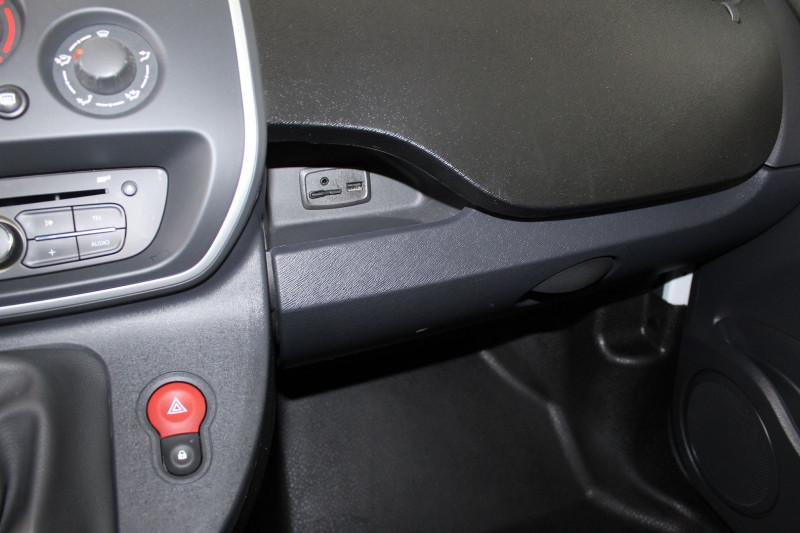 Photo 18 de l'offre de RENAULT KANGOO II EXPRESS 1.5 DCI 75CH ENERGY EXTRA R-LINK EURO6 à 8400€ chez BMC Autos 47