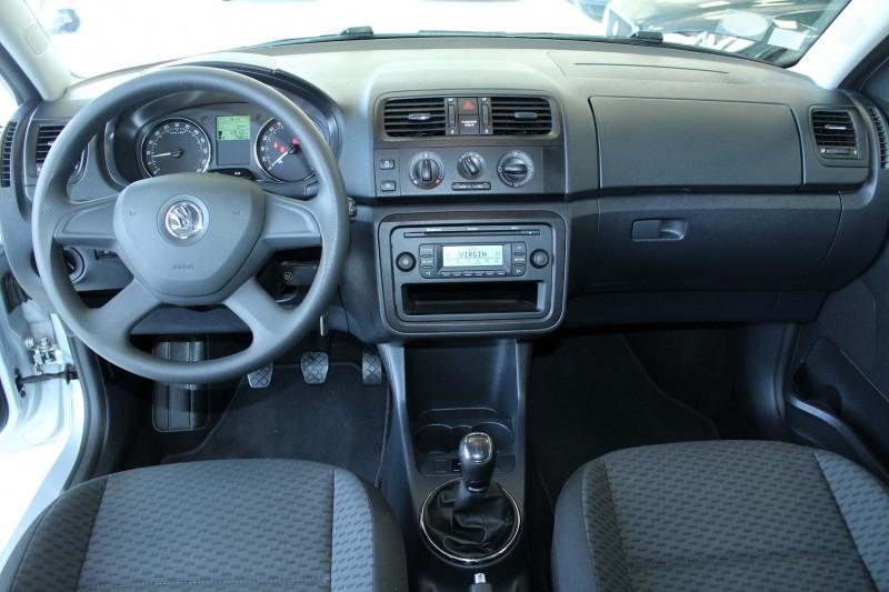 Photo 7 de l'offre de SKODA FABIA BREAK 1.6 TDI90 FAP AMBITION2 GREEN TEC à 6800€ chez BMC Autos 47