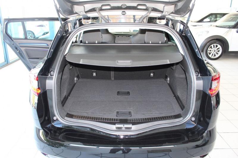 Photo 5 de l'offre de RENAULT MEGANE IV ESTATE 1.6 DCI 130CH ENERGY INTENS à 14990€ chez BMC Autos 47