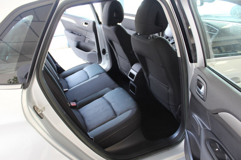 Photo 9 de l'offre de CITROEN C4 1.6 HDI 90 FAP BUSINESS à 7450€ chez BMC Autos 47