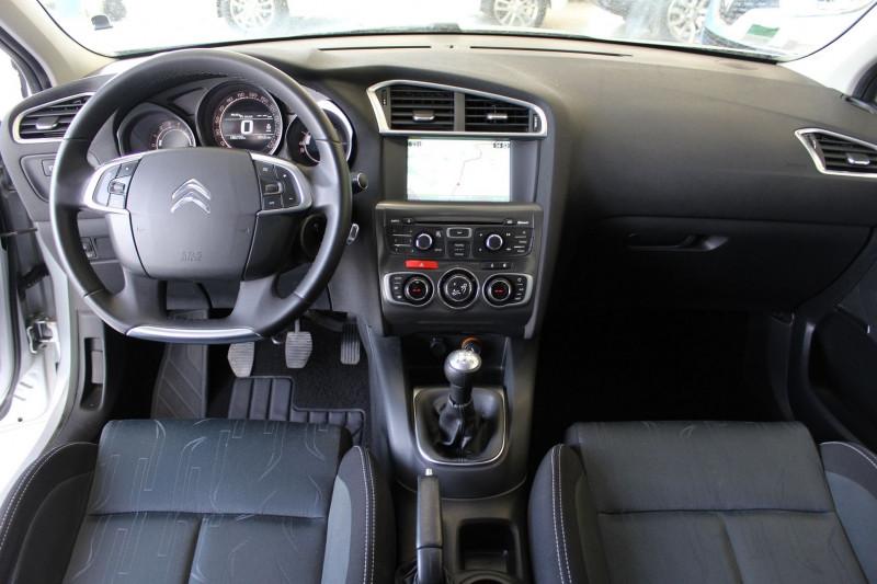 Photo 5 de l'offre de CITROEN C4 1.6 HDI 90 FAP BUSINESS à 7450€ chez BMC Autos 47