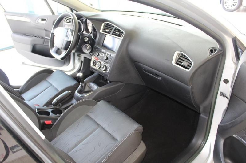 Photo 4 de l'offre de CITROEN C4 1.6 HDI 90 FAP BUSINESS à 7450€ chez BMC Autos 47