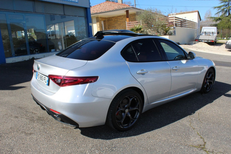 Photo 3 de l'offre de ALFA ROMEO GIULIA 2.2 JTD 190CH SPORT EDITION AT8 MY19 à 32900€ chez BMC Autos 47