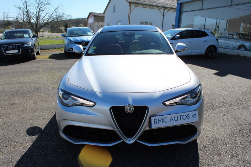Photo 20 de l'offre de ALFA ROMEO GIULIA 2.2 JTD 190CH SPORT EDITION AT8 MY19 à 32900€ chez BMC Autos 47