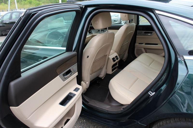 Photo 3 de l'offre de JAGUAR XF 2.0D 180CH BUSINESS PRESTIGE AWD BVA à 21800€ chez BMC Autos 47
