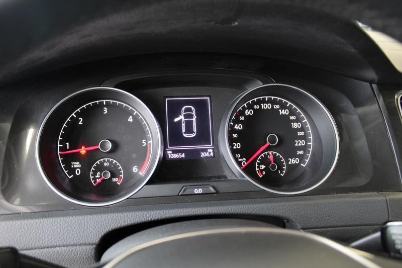 Photo 15 de l'offre de VOLKSWAGEN GOLF VII 1.6 TDI 115CH BLUEMOTION TECHNOLOGY FAP CONFORTLINE BUSINESS 5P à 13900€ chez BMC Autos 47