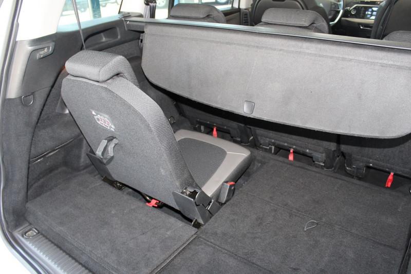 Photo 8 de l'offre de CITROEN GRAND C4 PICASSO BLUEHDI 150CH EXCLUSIVE S&S EAT6 à 12900€ chez BMC Autos 47