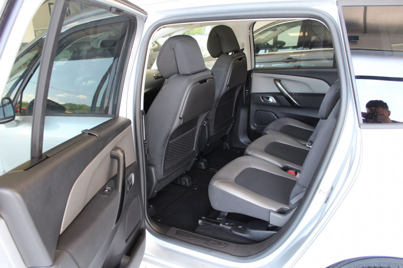 Photo 3 de l'offre de CITROEN GRAND C4 PICASSO BLUEHDI 150CH EXCLUSIVE S&S EAT6 à 12900€ chez BMC Autos 47